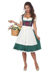01411_BavarianBeerMaid_02